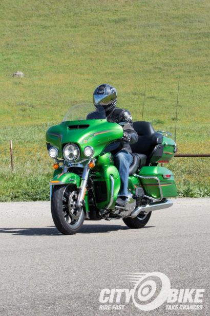 Indian-Roadmaster-Harley-Davidson-Ultra-Limited-CityBike-Magazine-Angelica-Rubalcaba-18