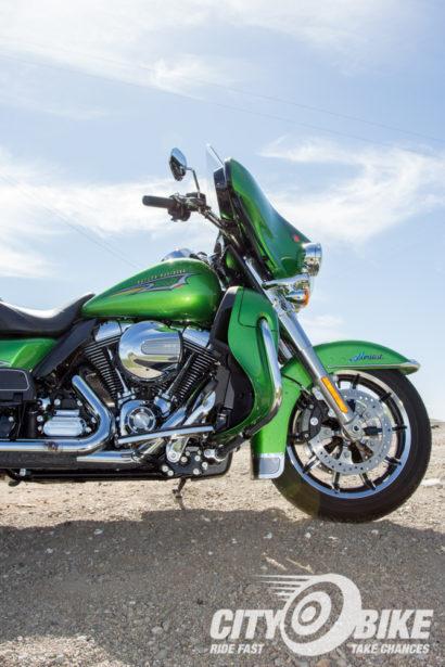 Indian-Roadmaster-Harley-Davidson-Ultra-Limited-CityBike-Magazine-Angelica-Rubalcaba-42